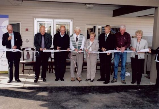 2006 - Lakes District Seniors Housing Ribbon Cutting